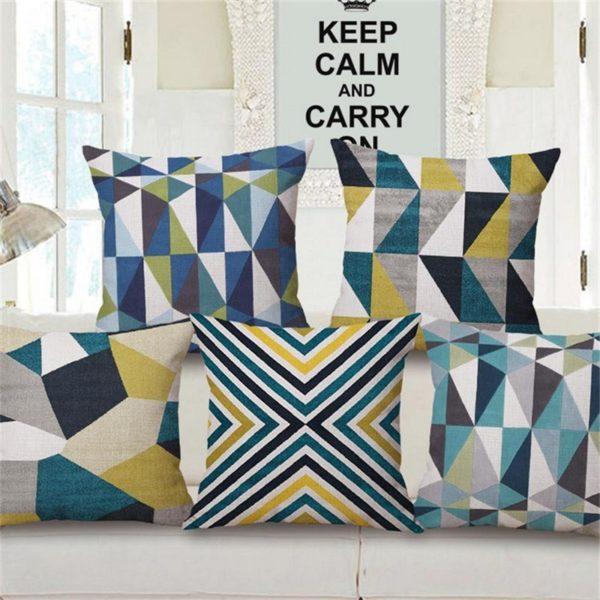 housse de coussin g om trique color e les geografics. Black Bedroom Furniture Sets. Home Design Ideas
