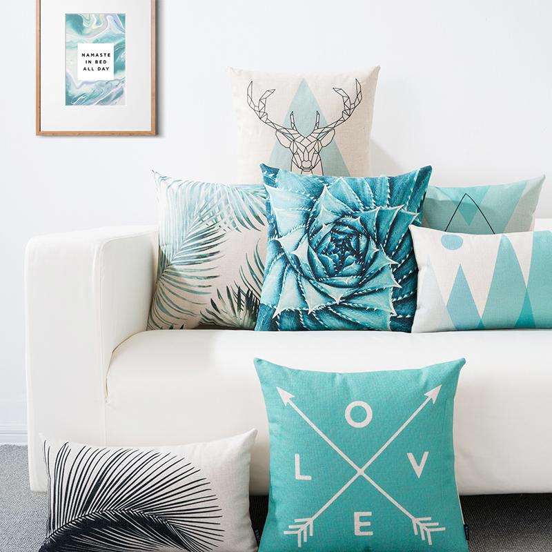 coussin scandinave bleu glac deco. Black Bedroom Furniture Sets. Home Design Ideas
