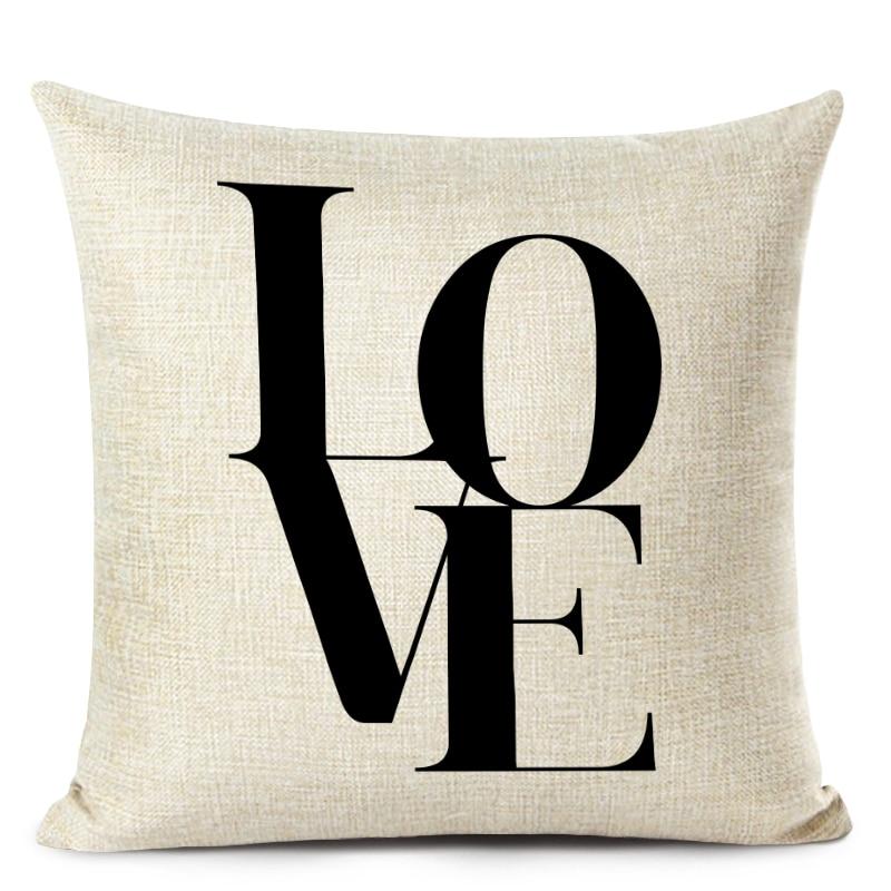 Housse de coussin love sweet home noir et blanc 1